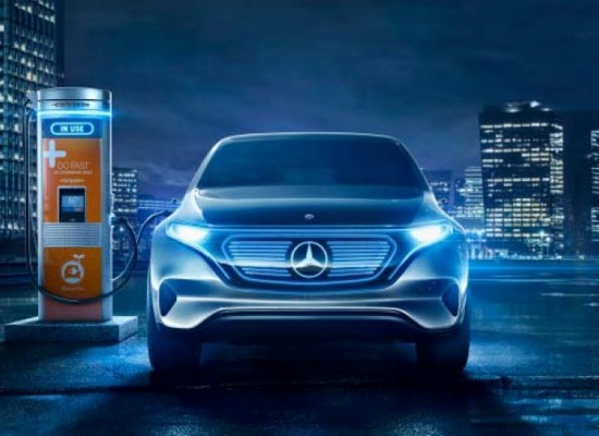 Charging Point and Daimler/Merceddes y Charging Point inician plan puntos de carga